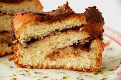 אל תפחדו מהשמרים - עוגת שמרים שוקולד (צילום: יעל גרטי)