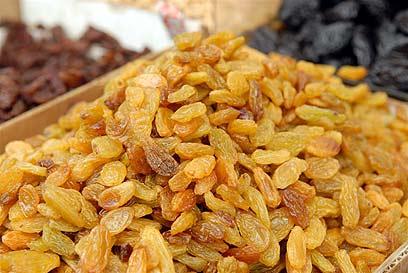 צימוקים מתוקים למרוזיה (צילום: ירון ברנר)