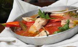אוכל איטלקי. מרק דגים (צילום: ירון ברנר)