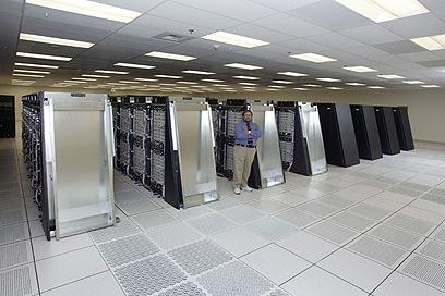 ככה ייראה המחשב? בלו ג'ין של IBM   ()
