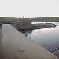 סכר אסואן. סכר ענק שנועד להגדלת שטחי החקלאות