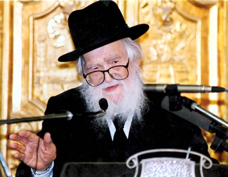 Toker's father was right-hand man for Rabbi Shach for 25 years (Photo: Michael Kremer)