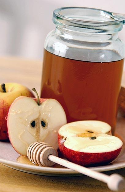 ברכה עם מחיר: עשר דקות ריצה קלה כדי לשרוף תפוח בדבש (צילום: index open) (צילום: index open)