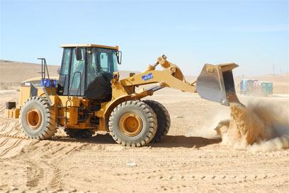 """התחלות בנייה בעיר הבה""""דים. בניגוד למרילנד, ההליך מתעכב (צילום: הרצל יוסף) (צילום: הרצל יוסף)"""