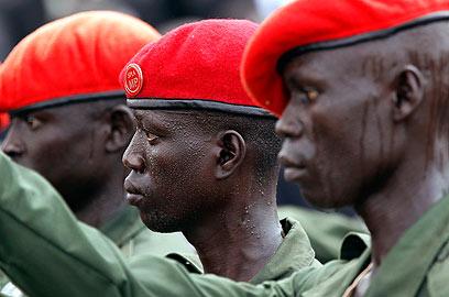 חיילים בדרום סודן. ייקראו לנשק בקרוב? (צילום: רויטרס ) (צילום: רויטרס )