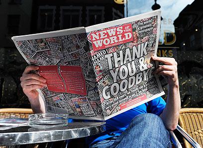 """הצהובון הבריטי נסגר בעקבות הסערה הציבורית. """"ניוז אוף דה וורלד"""" (צילום: EPA)"""