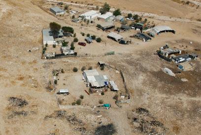 מאהל בדואי מזרחית לרהט (ארכיון) (צילום: באדיבות Lowshot) (צילום: באדיבות Lowshot)