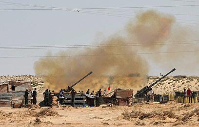 כוחות המורדים בלוב (צילום: רויטרס) (צילום: רויטרס)