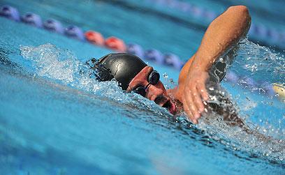 לא כל סגנון שחייה משפיע באופן דומה על חילוף החומרים (צילום: shutterstock)
