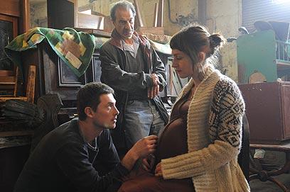 ששון גבאי, הנרי דוד ושרה אדלר בסדנה של פידלמן  ()