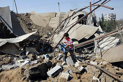 תקיפה ברצועה. בישראל לא רצו לפגוע בתיאום עם המצרים (צילום: AFP) (צילום: AFP)