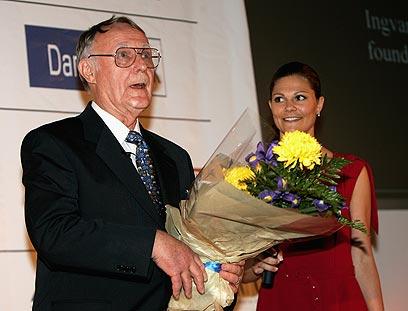 קמפרד מקבל פרס מפעל חיים מידי הנסיכה ויקטוריה (צילום: gettyimages) (צילום: gettyimages)