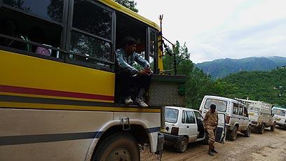 מחכים, מחכים. ההודים רגילים שמסע של 4 שעות הופך ל 40 (צילום: צדוק יחזקאלי) (צילום: צדוק יחזקאלי)