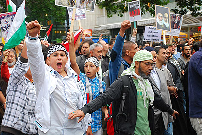 Anti-Israel demonstration in Berlin. Is anti-Semitism not the German society's problem? (Archive photo: Tzach Goldberger)