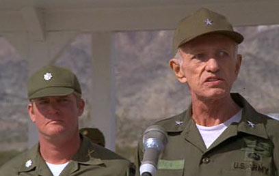 ניקולס ריי כגנרל, רגע לפני מותו ()