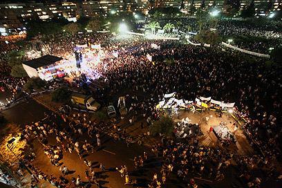 """יותר ממאה אלף ב""""צעדת המיליון"""" (צילום: הדר כהן)"""