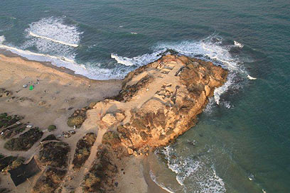 יבנה-ים 2011: מבט-על של השונית (צילום: סקייויו)