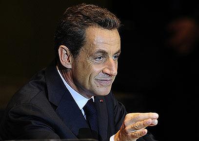 נשיא צרפת, ניקולא סרקוזי, מפגר בסקרים אחר הולנד (צילום: AFP) (צילום: AFP)
