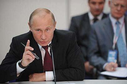 פוטין. פופולריות אישית, שליטה במנגנון וחולשת האופוזיציה (צילום: AFP) (צילום: AFP)