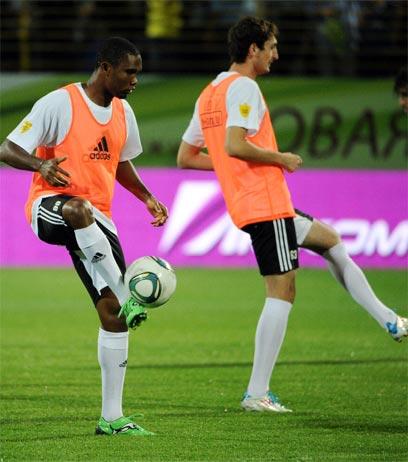 """אטו: """"הכדורגל פה שונה ממה שהכרתי"""" (צילום: AFP) (צילום: AFP)"""