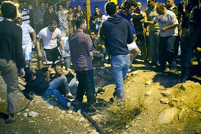 הפעילים טענו שככל שהתרחקו הגיעו עוד אנשים לתקוף (צילום: אקטיבסטילס)