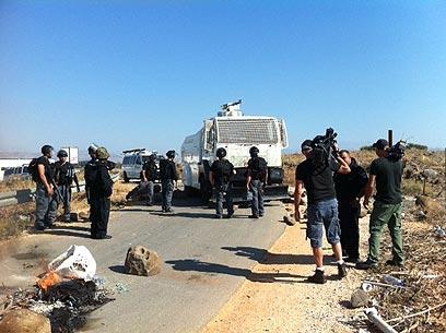 כוחות שיטור, הבוקר באזור המסגד (צילום: מאור בוכניק) (צילום: מאור בוכניק)