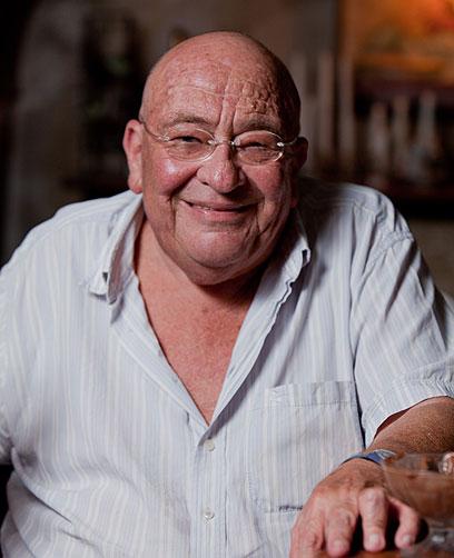 """השף שאול אברון מתגעגע למסעדת """"ורסאי""""  (צילום: תום להט) (צילום: תום להט)"""