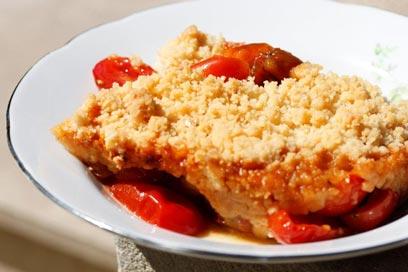 קראמבל עגבניות שרי מלוח (צילום: מיכל וקסמן) (צילום: מיכל וקסמן)