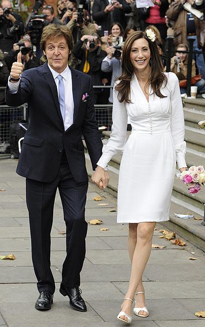 נשוי פעם שלישית. פול מקרטני וננסי שוול (צילום: AFP) (צילום: AFP)