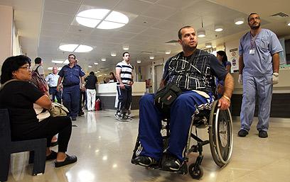 """חדר מיון בבית החולים רמב""""ם. """"מציע לא להגיע"""" (צילום: אבישג שאר ישוב) (צילום: אבישג שאר ישוב)"""