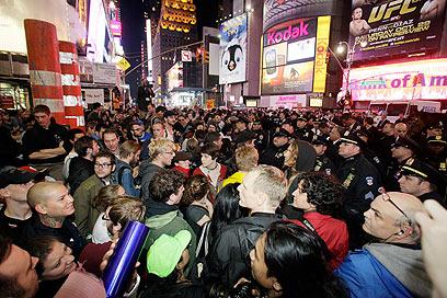 מחאה מתפשטת. מפגינים בטיימס סקוור (צילום: AP) (צילום: AP)