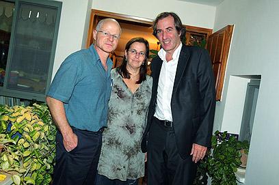 Noam and Aviva Shalit with French ambassador (Photo: AFP)