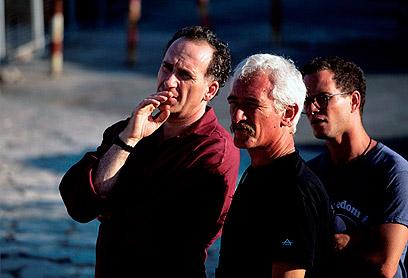 """אמנון סלומון (במרכז התמונה). """"אבן יסוד בתעשיית הקולנוע"""" (צילום: דוד רובינגר)"""