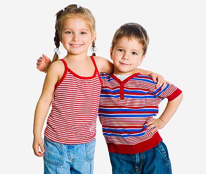 פלא שהם גדלים אחר כך להיות שמנים? מתילדה כועסת על החינוך הקולינרי הקלוקל שניתן לילדים (צילום: shutterstock) (צילום: shutterstock)