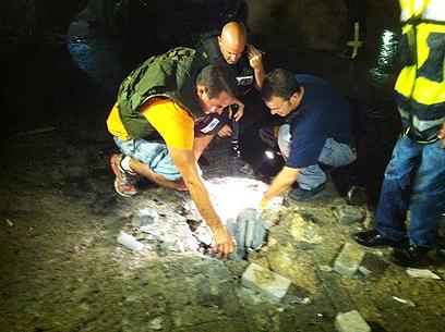 Rocket damages in Ashdod (Photo: Avi Rokach) (Photo: Avi Rokach)