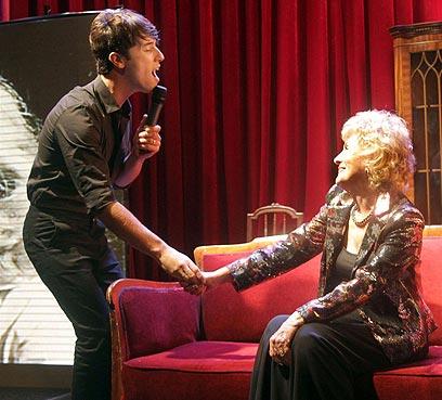 שיר במתנה. הראל סקעת ומרים זוהר (צילום: רפי דלויה) (צילום: רפי דלויה)