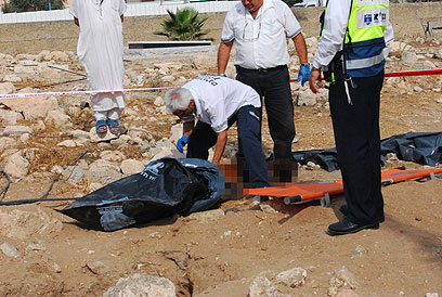 Woman's body found in Lod cemetery (Archive photo: Panet)