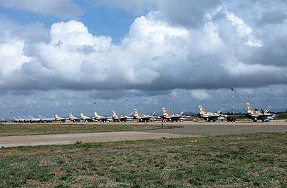 """מטוסי חיל האוויר באימון באיטליה (צילום: דובר צה""""ל) (צילום: דובר צה"""