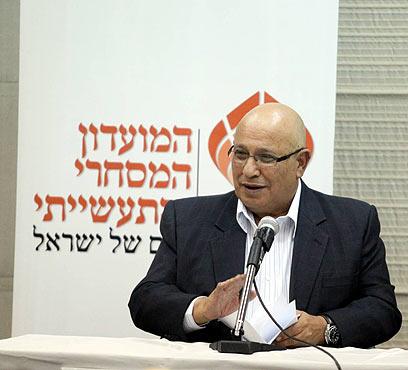 מאיר דגן. המתנגד הקולני לתקיפה (צילום: מוטי קמחי) (צילום: מוטי קמחי)
