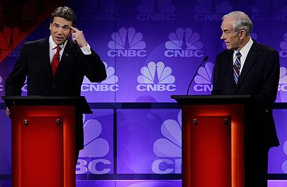 """ייתכן שהעימות היה """"התאבדות פוליטית"""" עבור פרי (צילום: AP) (צילום: AP)"""