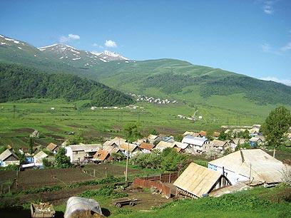 """כפר ארמני בהרים  (צילום: ד""""ר מוטי רוזן) (צילום: ד"""