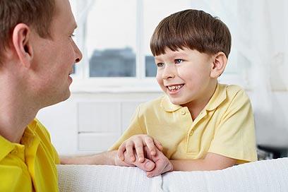 אבא, איך באים ילדים לעולם?   (צילום: shutterstock) (צילום: shutterstock)