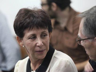 """ליאורה גלט-ברקוביץ' בבית המשפט. """"לא עם נוסבאום דיברתי"""" (צילום: מוטי קמחי) (צילום: מוטי קמחי)"""