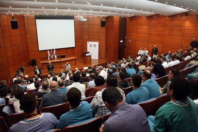 """כנס מתמחים בבית החולים רמב""""ם בחיפה (צילום: אבישג שאר- ישוב) (צילום: אבישג שאר- ישוב)"""