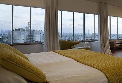 לישון בתוך הנוף. חדר השינה. (צילום: עדי גלעד) (צילום: עדי גלעד)