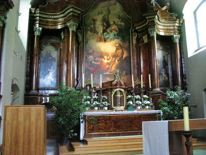 המזבח בכנסייה הקפוצ'ינית נבנה ב-1618 ונחשב לצנוע כמו הכנסייה כולה (צילום: שלמה צדקיהו, טבע הדברים) (צילום: שלמה צדקיהו, טבע הדברים)