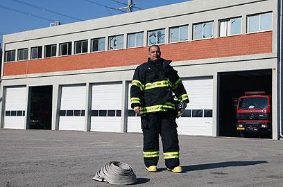 לא תמיד יש מענה לשריפות ענק. רשף בן יוסף (צילום: אבישג שאר-ישוב) (צילום: אבישג שאר-ישוב)