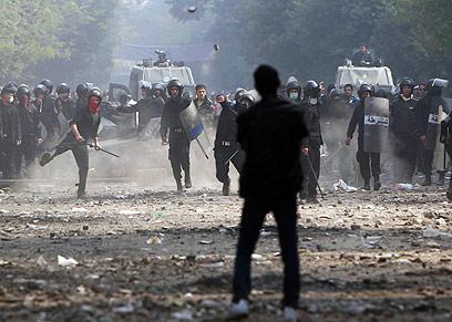 """במיאנמר לא רוצים """"מהפכה מהירה"""" כמו במצרים. קהיר (צילום: רויטרס) (צילום: רויטרס)"""
