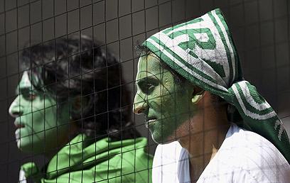 אוהדי נבחרת סעודיה. הזרים בליגה חוששים מסקילת אבנים (צילום: gettyimagers) (צילום: gettyimagers)