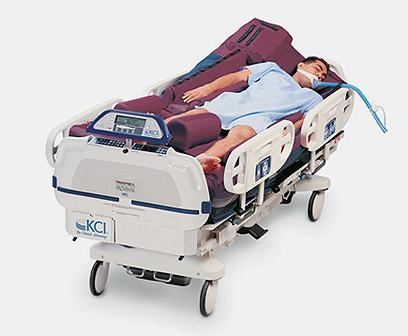 המיטה העתידנית. מדמה את תנועות הגוף של החולה  ()